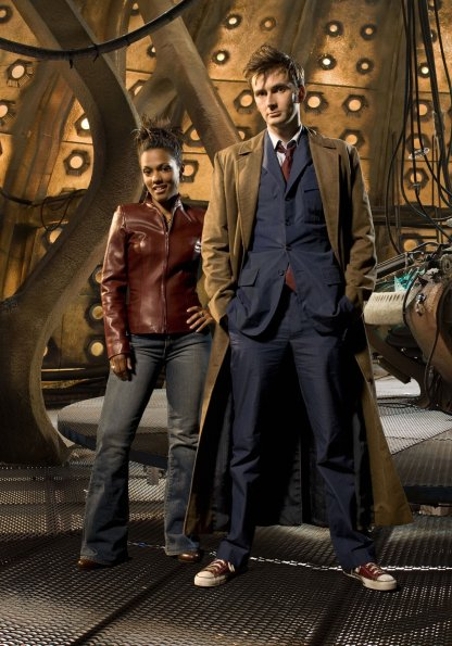 http://images4.fanpop.com/image/photos/23300000/Season-3-Cast-Promotional-Photos-doctor-who-23393751-416-595.jpg