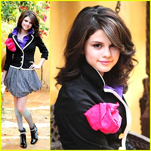 Selena Gomez images Selena Gomez's outfits everyday wallpaper and background photos