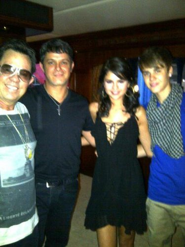 Selena and Justin Personal Picture