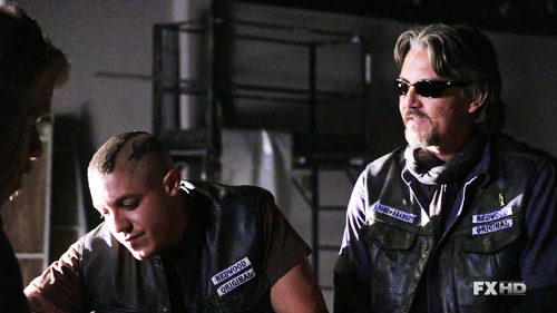 sap and Chibs-2x01
