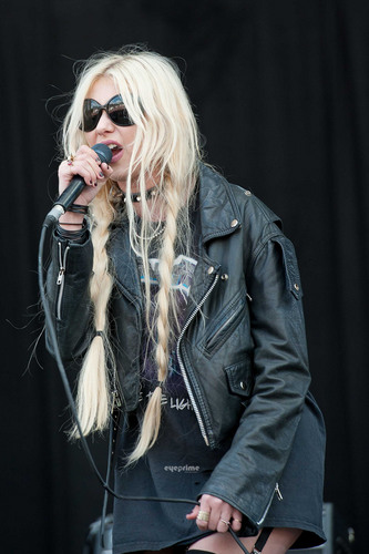 Taylor Momsen performs at Main Square Festival in Arras, France, July 1