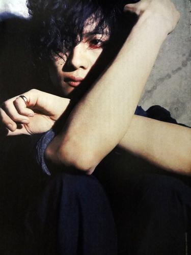 Toshiya on Rockin' On Jepun Magazine