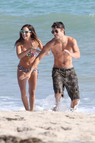 Zac Efron: Shirtless Piggyback Ride for Ashley Tisdale (HQ)