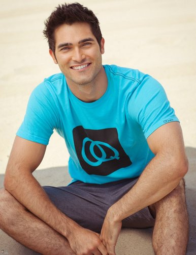 Tyler Hoechlin hình nền called Zooey Magazine HQ