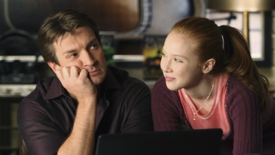 molly quinn achtergrond containing a laptop titled alexis