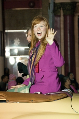 molly quinn fondo de pantalla probably with a well dressed person entitled molly