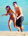 zac and ashley - zac-efron-and-ashley-tisdale photo