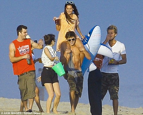 Ashley Tisdale celebrating Bday with Matt Barr & Zac Efron