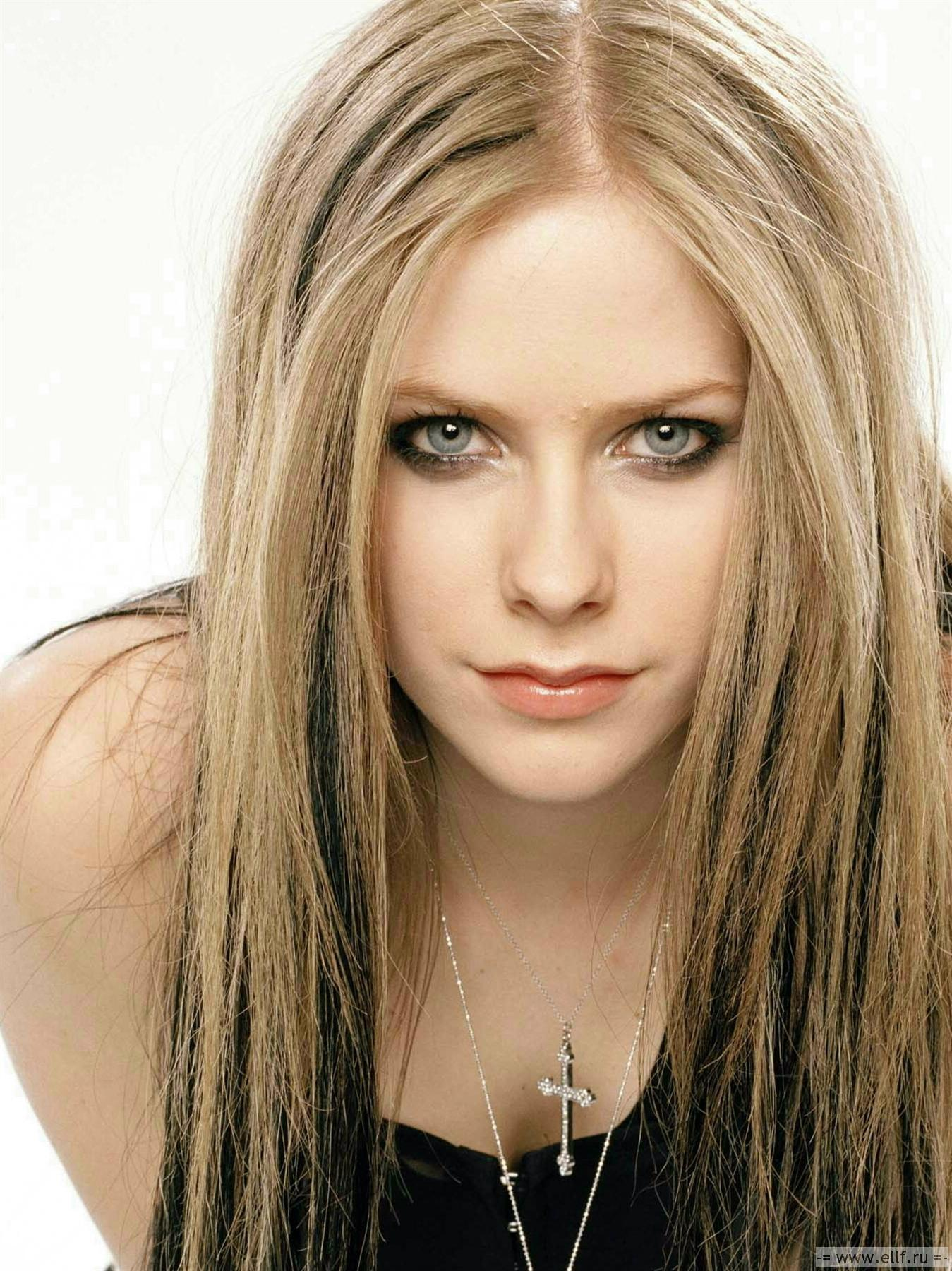 Avril Lovely Lavigne Avril Lavigne Photo 23496535 Fanpop