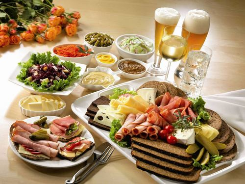 Delicious Recipes wallpaper containing a holiday dinner, a turkey dinner, and an antipasto titled Food