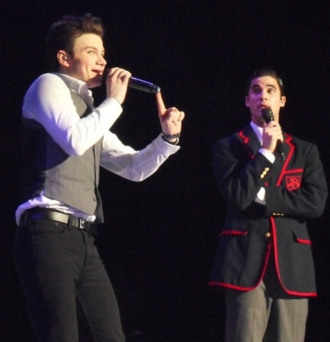 Kurt and Blaine wallpaper probably with a concert and a business suit called Glee Live