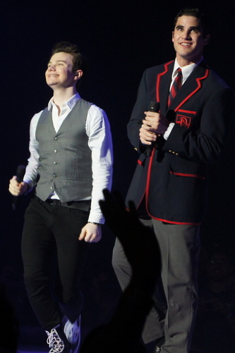 Kurt and Blaine wolpeyper containing a business suit, a well dressed person, and a suit titled Glee Live