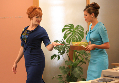 Joan Holloway - The New Girl - 2.05