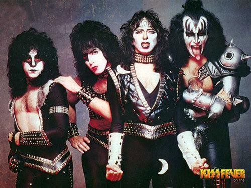 KISS پیپر وال entitled KISS