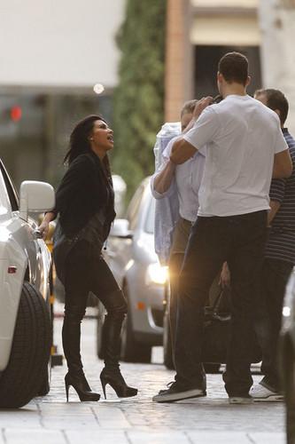 Kim Kardashian Goes to the Four Seasons Hotel