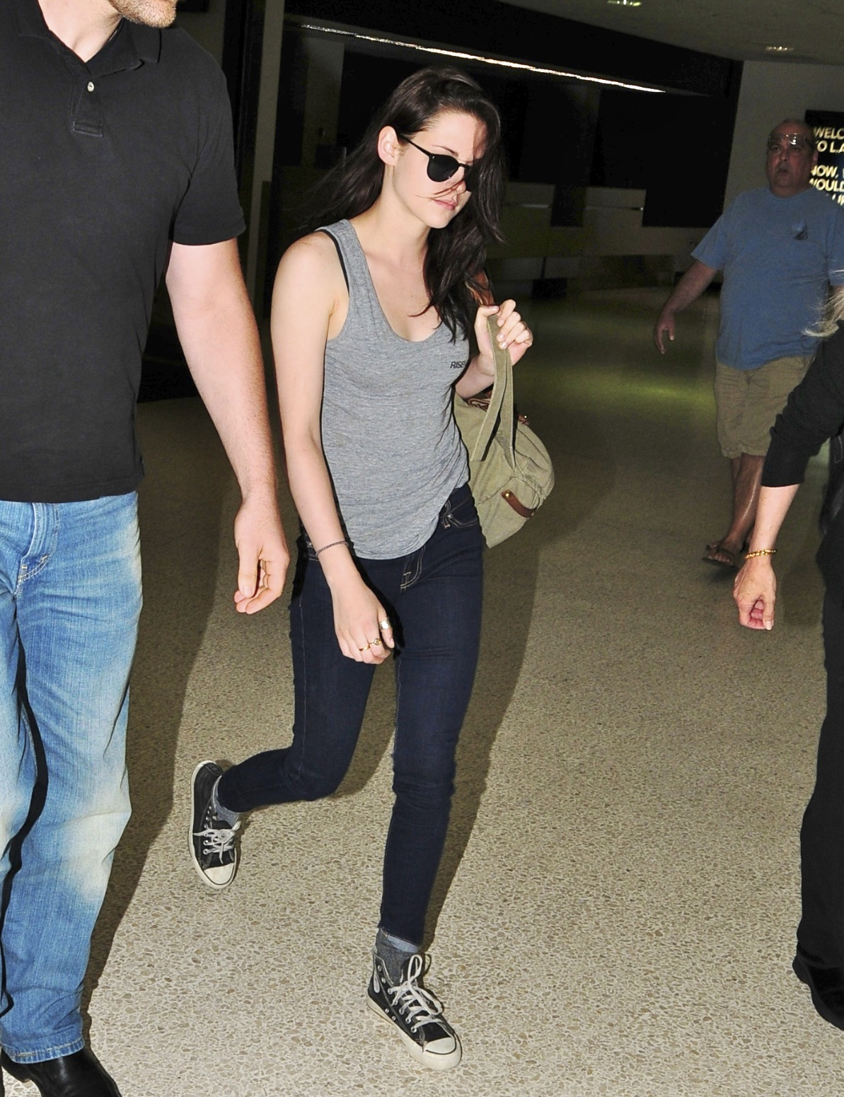 Kristen Stewart Departing From LAX Airport [July 4th, 2011]