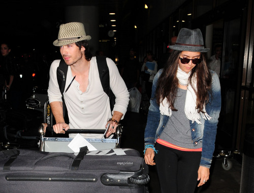 니나 도브레브 바탕화면 with a fedora titled Nina Dobrev & Ian Somerhalder land at LAX, Jul 5