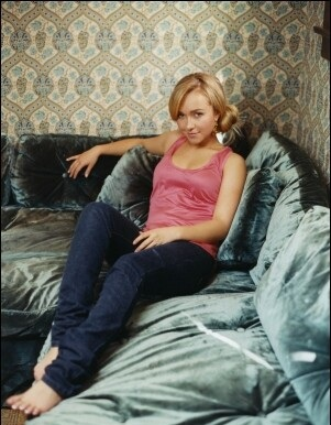 Hayden Panettiere wallpaper possibly containing a couch, a drawing room, and a bedroom entitled Paul Jasmin