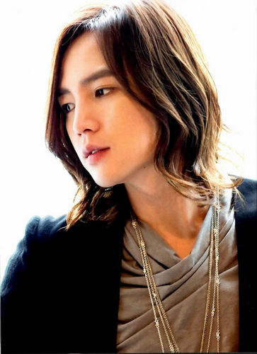 Jang Geun Suk hình nền possibly containing a portrait called PrInCeJaNgGeUnSuK
