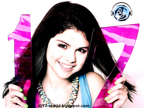 Selena Gomez EXCLUSIF18th HIGHLY RETOUCHED QUALITY pHOTOSHOOT سے طرف کی dj!!!...