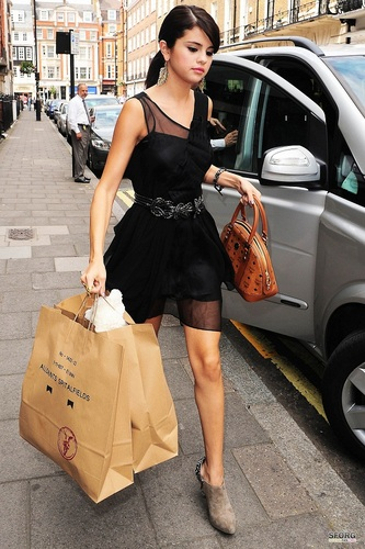 Selena - Out & About in London - July 05, 2011