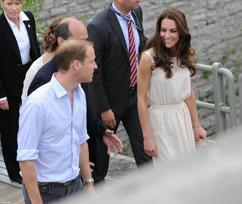 Prince William and Kate Middleton wallpaper with a business suit called Visiting the Fort Levis in Quebec, Canada; July 3rd 2011.