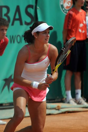 Julia Goerges will Break You