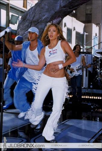 today hiển thị 2001
