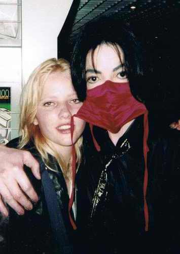 ***Michael with his girlfriend Joanna***