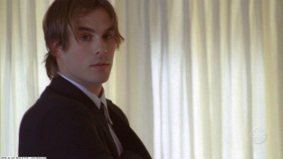Boone Carlyle wallpaper with a business suit titled 2x06: Abandoned Screen Captures