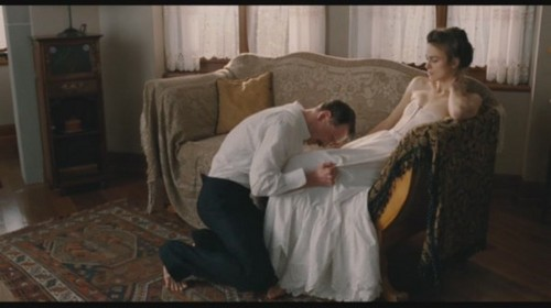Keira Knightley پیپر وال with a living room, a drawing room, and a drawing room called A Dangerous Method(2011) Trailer Screencaps