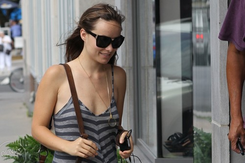 Arrives at Dermalounge in Montreal, CA [July 5, 2011]