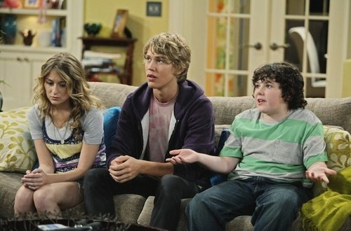 """Austin in """"Ruby and The Rockits"""" - Episodic Stills"""