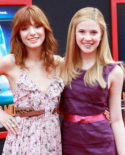 Caroline Sunshine & Bella Thorne