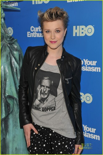 Evan Rachel Wood: 'Curb Your Enthusiasm' Premiere!