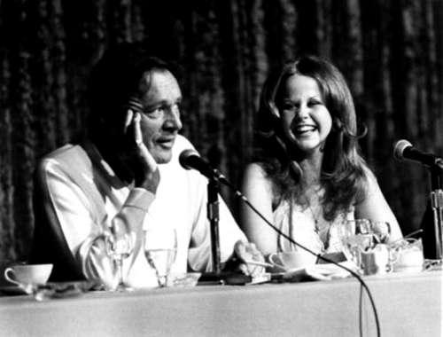 Exorcist II: promo (1977) Richard バートン & Linda Blair