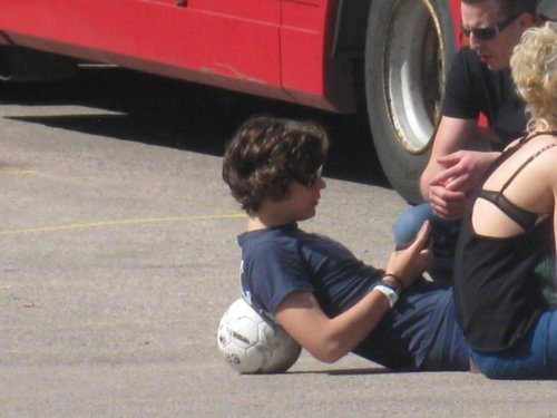 Harry Styles achtergrond possibly with an automobile called Harry<3