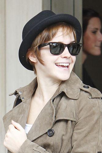 July 8 - Leaving her Hotel in London