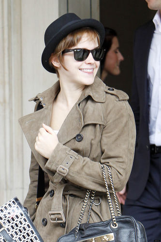 July 8 - Leaving her Hotel in London