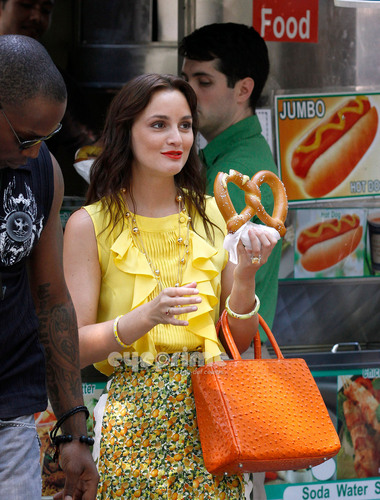 Leighton Meester on the Set of Gossip Girl in NY, July 7