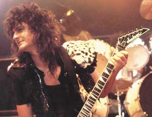 baciare Guitarists wallpaper containing a guitarist entitled Mark St. John