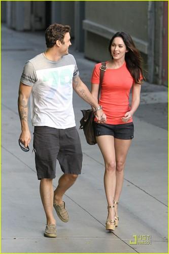 Megan soro & Brian Austin Green: Promenade Pair