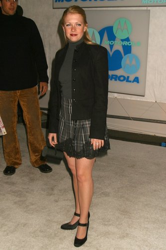 Melissa Joan Hart Hintergrund possibly with a business suit entitled Melissa Joan Hart