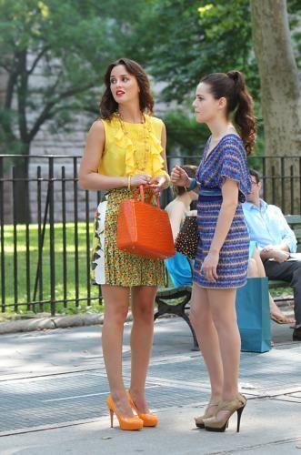 더 많이 사진 of Leighton on the set of Gossip Girl!