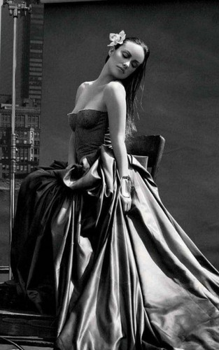 Olivia Wilde Glams Up Marie Claire August 2011