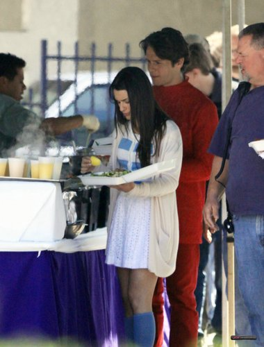 "On the ""Glee"" set - April 13, 2010"