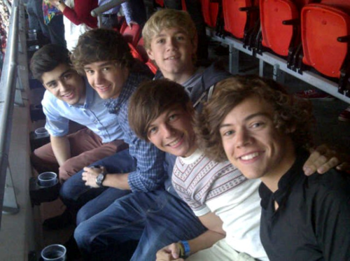 One Direction at Take That 6/7/2011