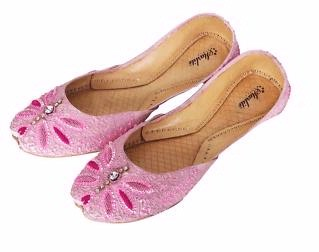 Model 10 Footwear And Sandals Collection For Women39s Women Pakistani