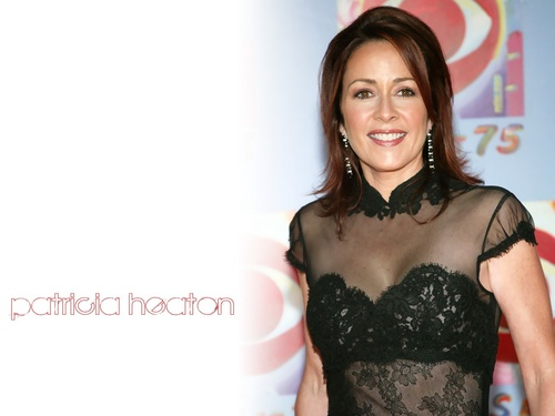 patricia heaton fondo de pantalla probably with a bustier, a cóctel, coctel dress, and attractiveness titled Patricia Heaton