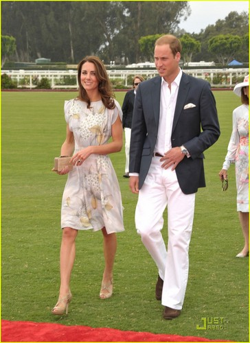 Prince William & Kate: Foundation Polo Challenge Pair!